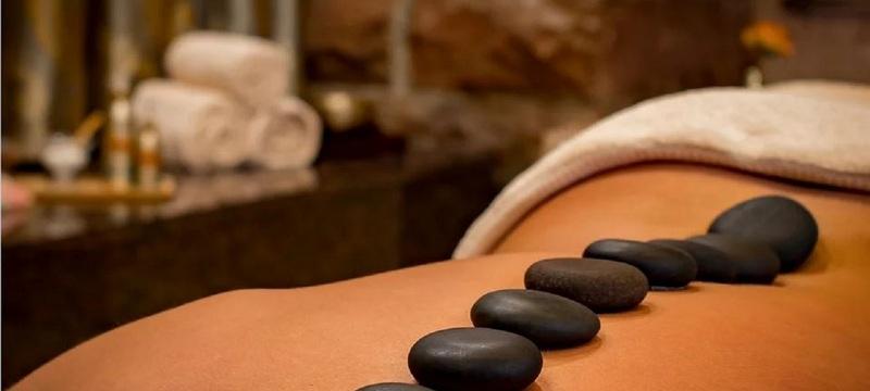 massagem_pedras_quentes_2